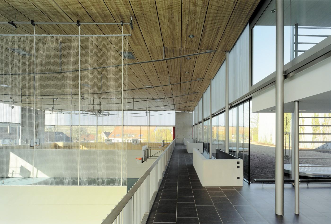 gymnasium ross cker bfa b ro f r architektur. Black Bedroom Furniture Sets. Home Design Ideas